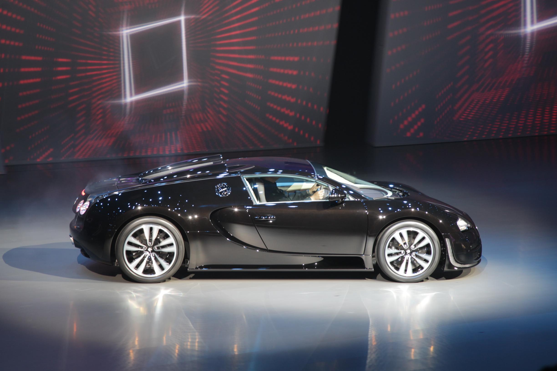 39 jean bugatti 39 veyron shown car news super cars. Black Bedroom Furniture Sets. Home Design Ideas