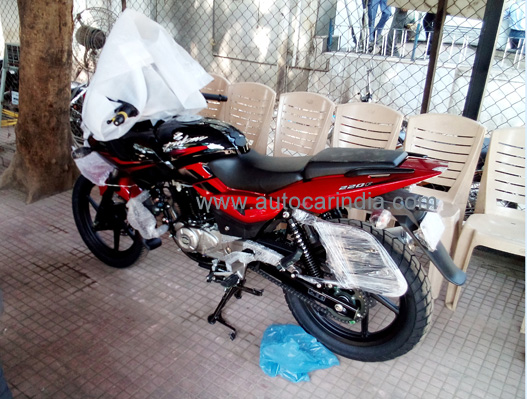 bajaj pulsar 180 dtsi bike prices reviews photos tattoo design bild. Black Bedroom Furniture Sets. Home Design Ideas