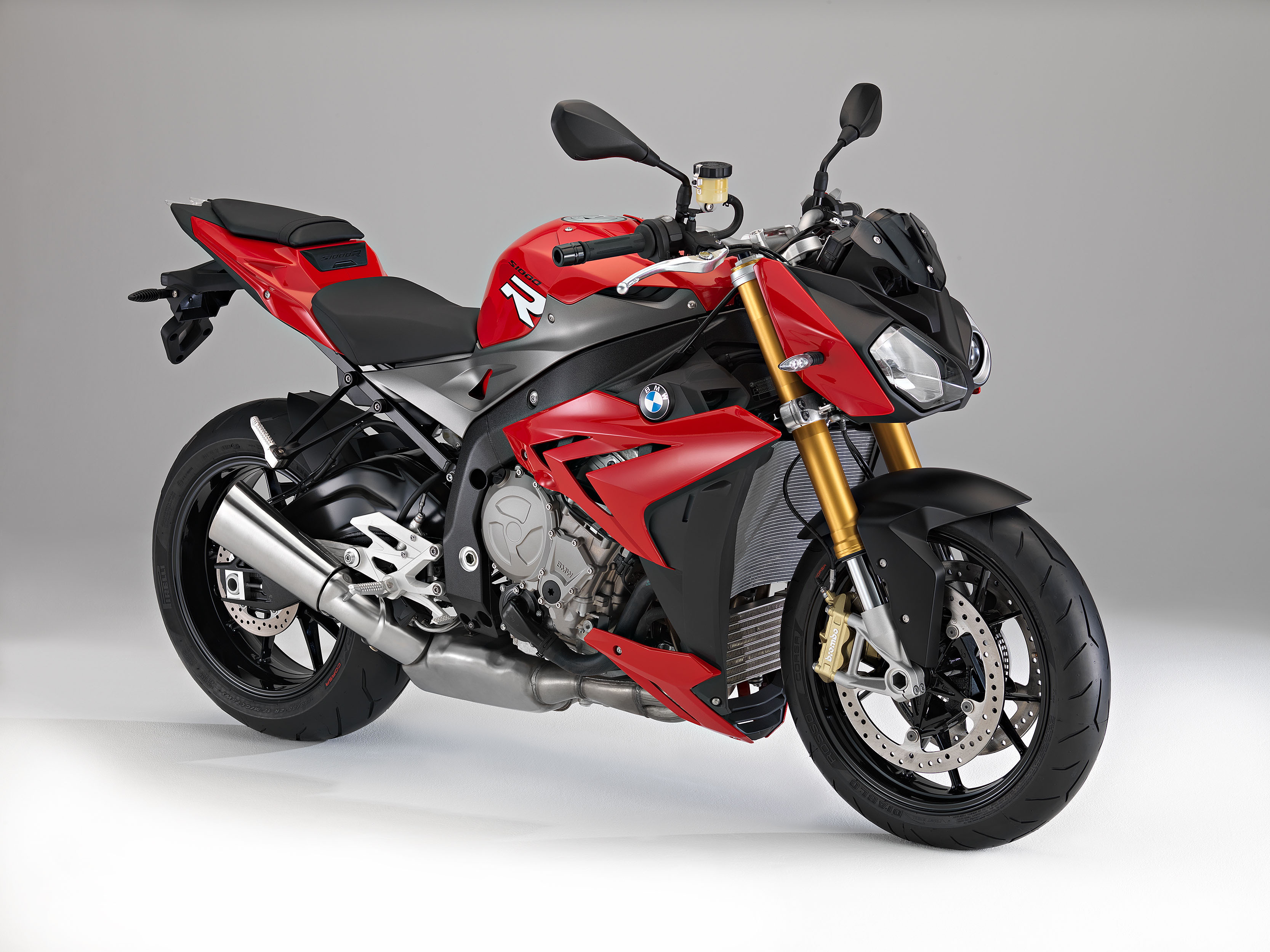 bmw s1000r launched in india bike news bikes 800cc. Black Bedroom Furniture Sets. Home Design Ideas