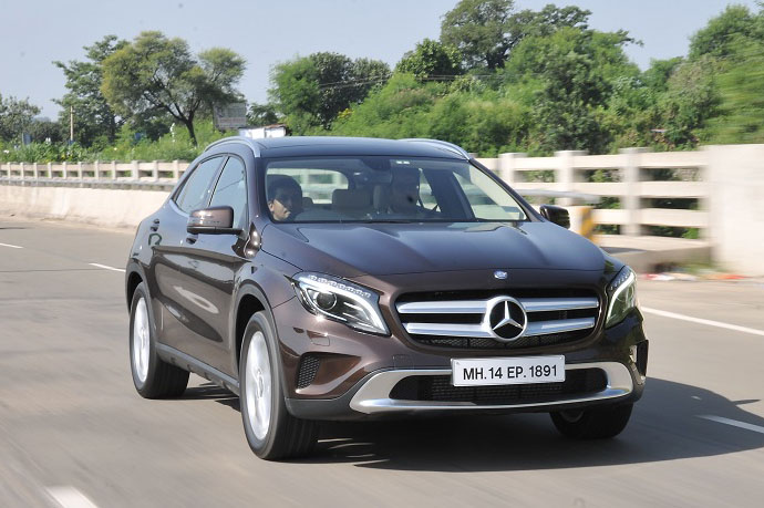 Mercedes Benz Gla Review 200 Cdi 2014 Cars First Drive