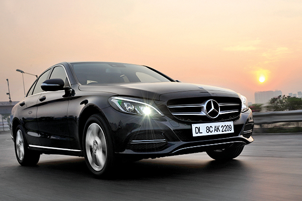 mercedes benz c class review c 220 cdi 2015 cars first drive premium luxury saloons. Black Bedroom Furniture Sets. Home Design Ideas