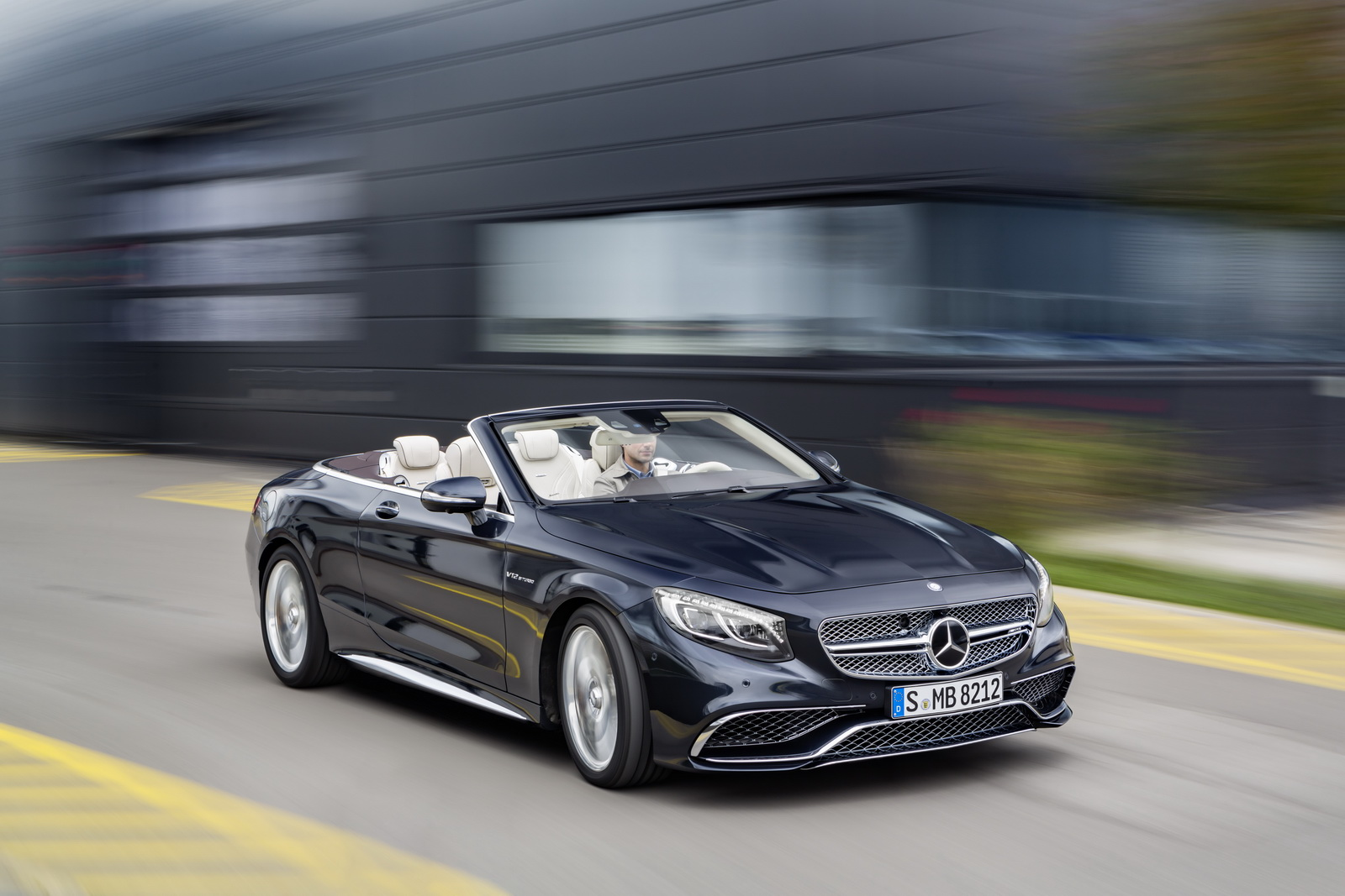 Mercedes amg s 65 cabriolet revealed car news luxury for Mercedes benz sports car amg