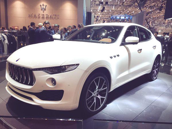2017 maserati levante new luxury suv 2017 2018 best cars reviews. Black Bedroom Furniture Sets. Home Design Ideas
