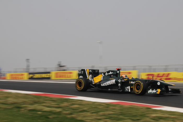 Karun Chandhok had to come to grips with the dusty track surface in FP1.