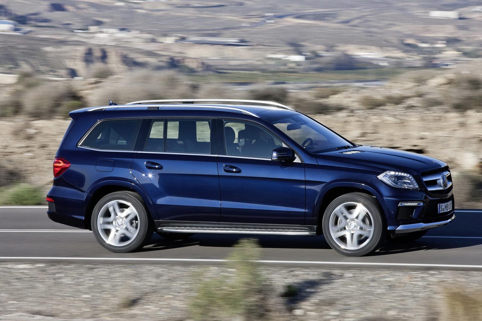 New mercedes benz gl class car gallery suv crossovers for Mercedes benz gl class mercedes suv