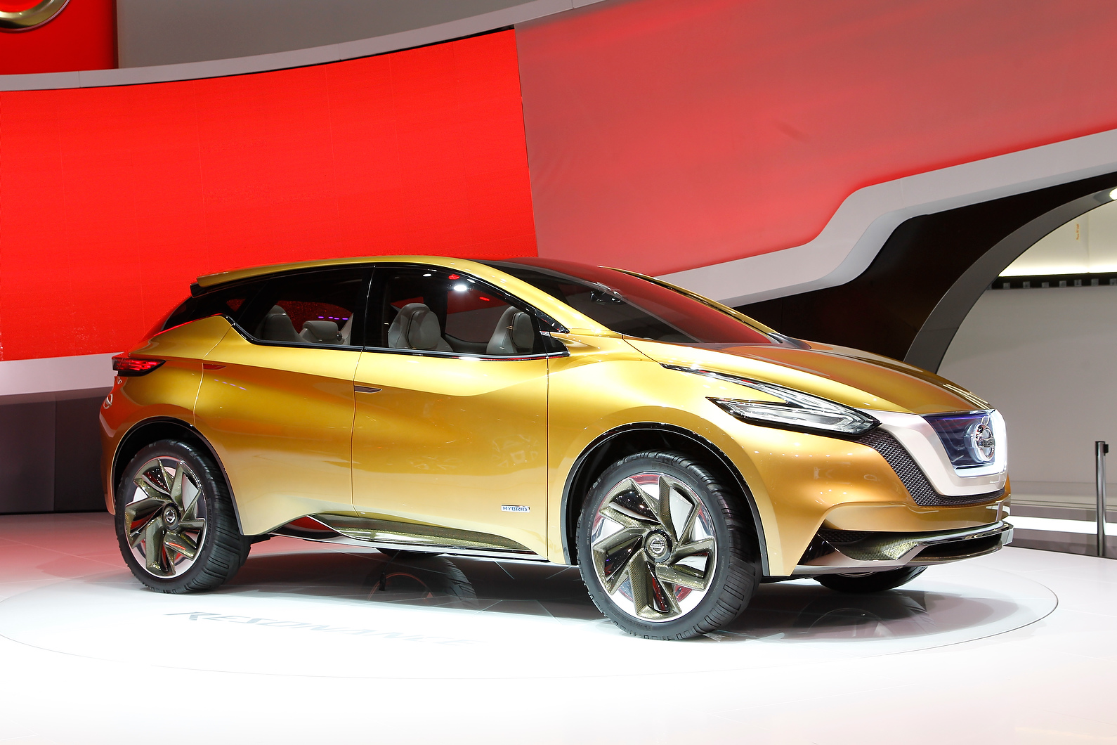 Nissan Resonance was first seen in Detroit; the concept points to the new Nissan Murano.