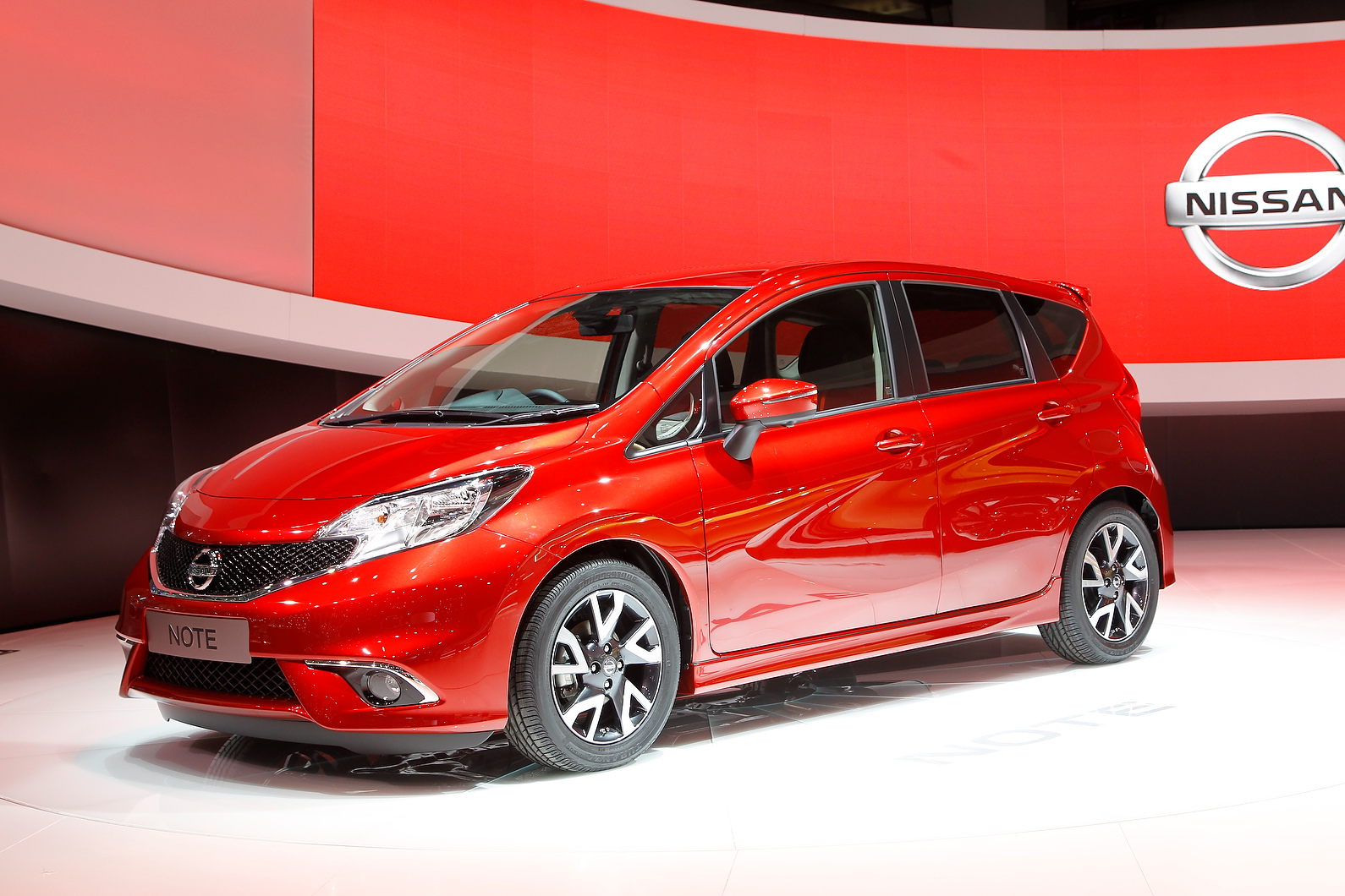 New Nissan Note is a more dynamic replacement for the sober but successful original.