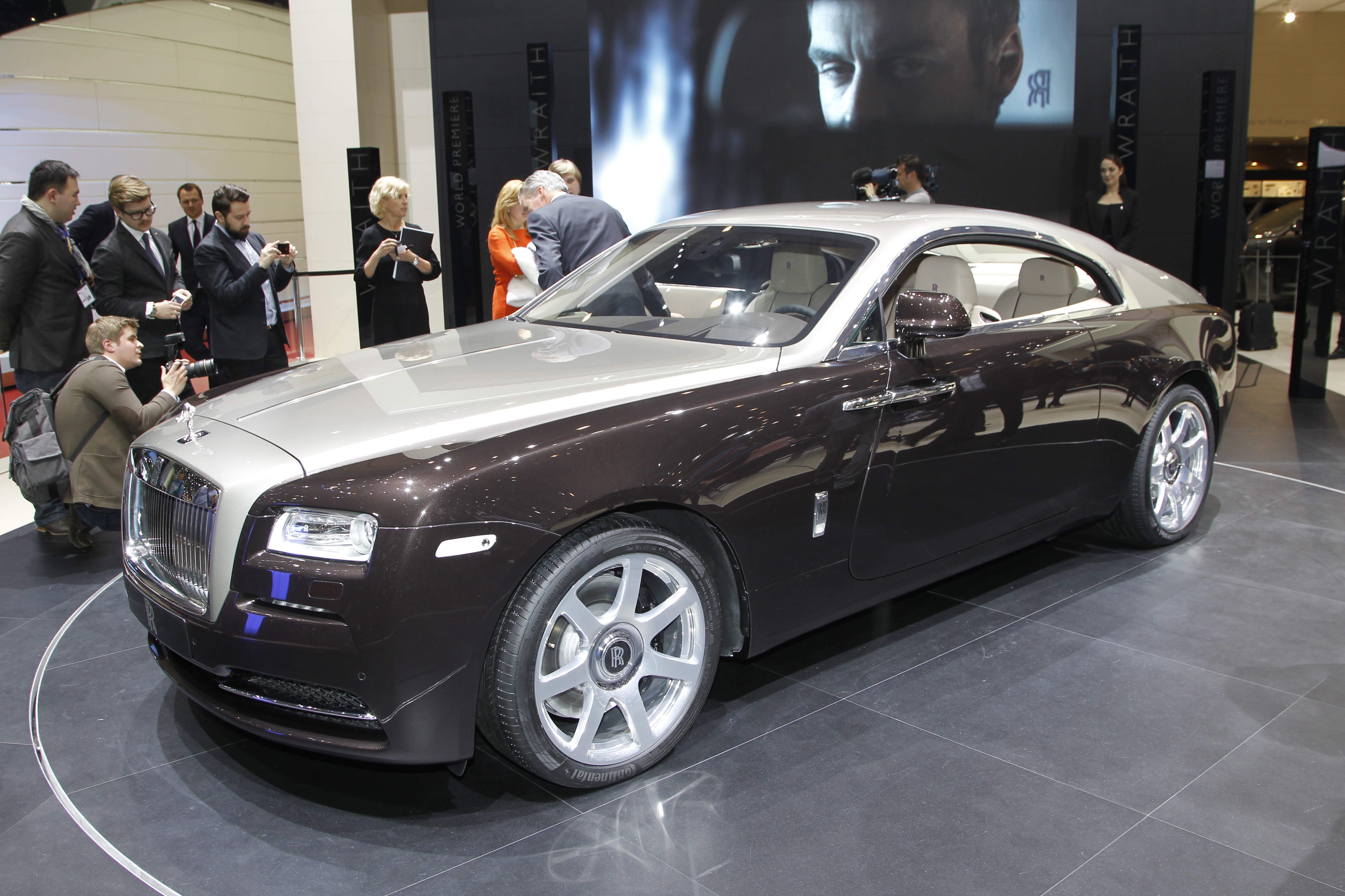 New Rolls Royce Wraith is the most powerful and fastest Rolls-Royce in the company