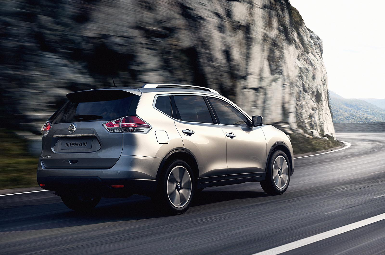 new nissan x trail photo gallery car gallery suv crossovers autocar india. Black Bedroom Furniture Sets. Home Design Ideas