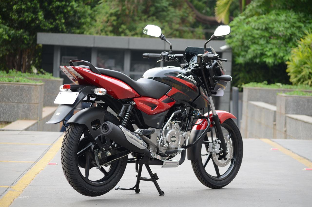 New 2014 Bajaj Pulsar 150 photo gallery | Bike Gallery | Bikes 135cc ...