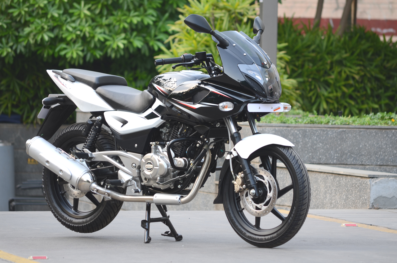 New Bajaj Pulsar 220 photo gallery | Bike Gallery | Bikes 200cc ...