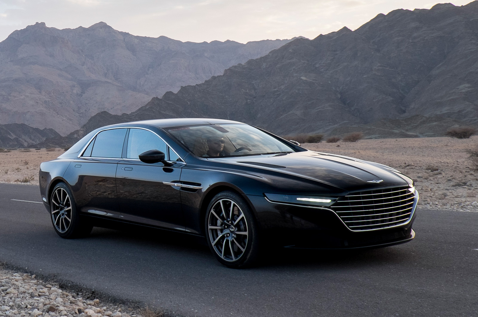 aston martin lagonda photo gallery car gallery luxury sports cars autocar india. Black Bedroom Furniture Sets. Home Design Ideas