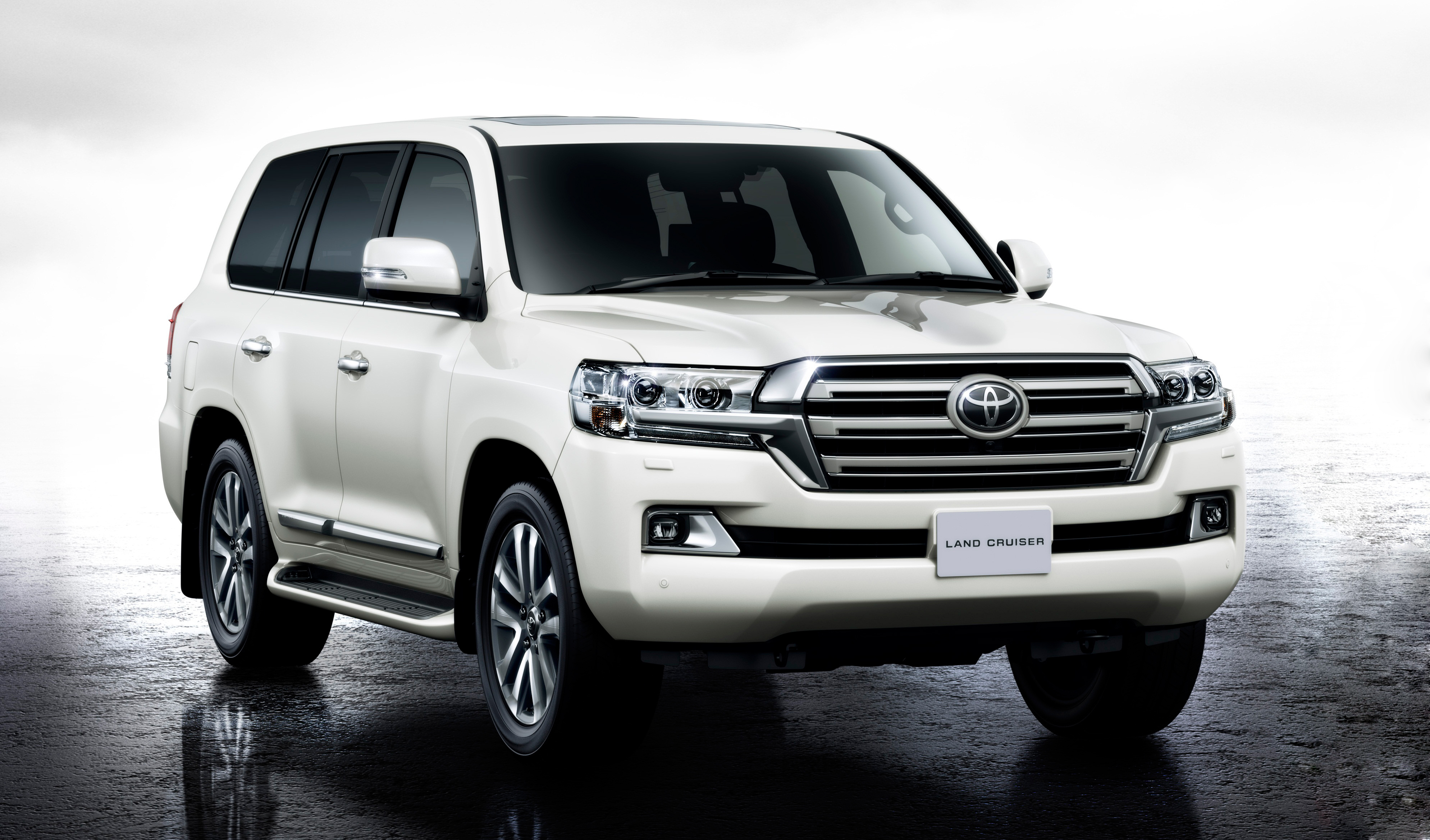 new toyota land cruiser 200 photo gallery car gallery. Black Bedroom Furniture Sets. Home Design Ideas