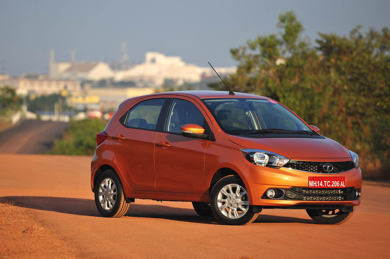 Tata Tiago Photo Gallery Car Gallery Budget Hatchbacks
