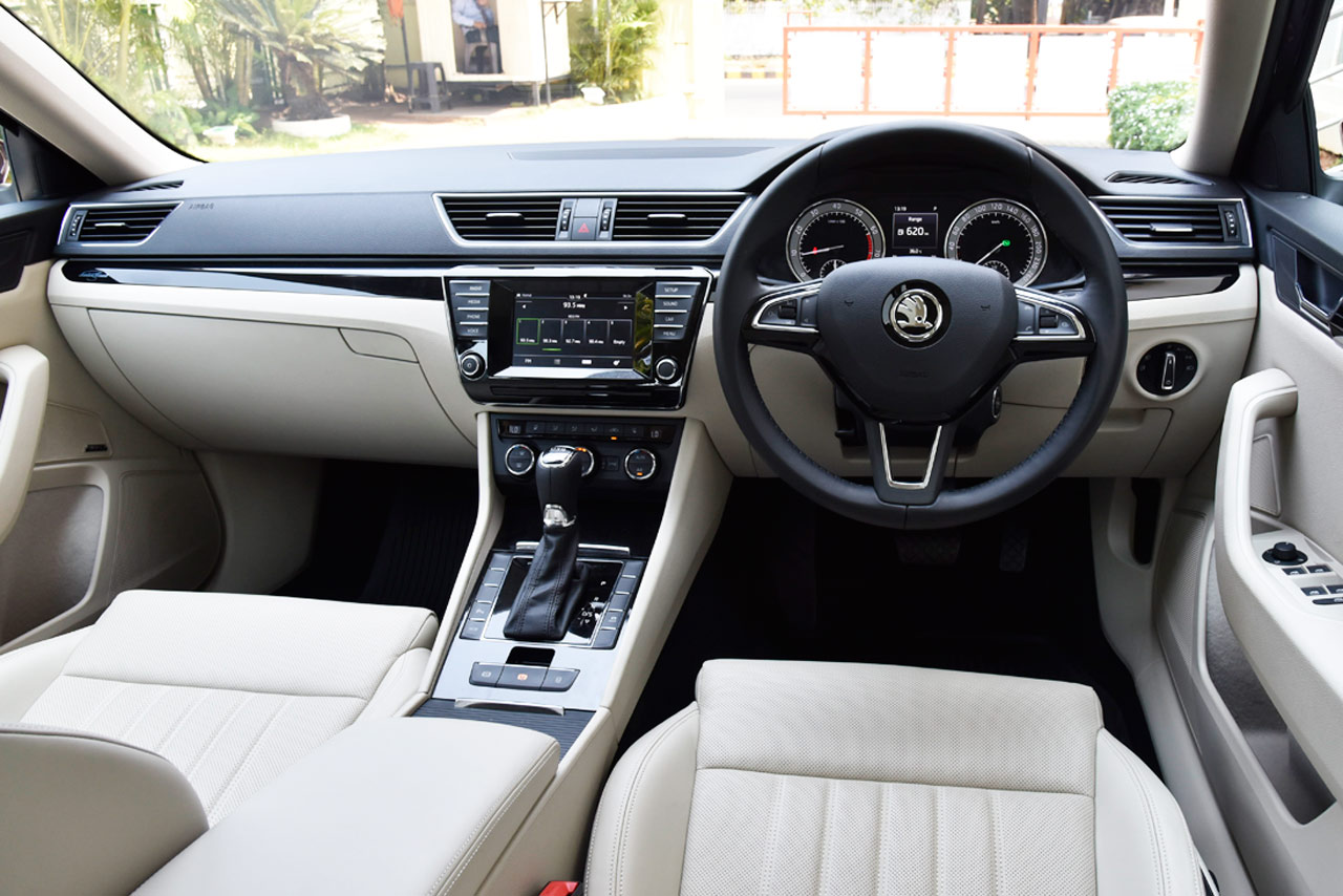 new skoda superb photo gallery car gallery luxury. Black Bedroom Furniture Sets. Home Design Ideas
