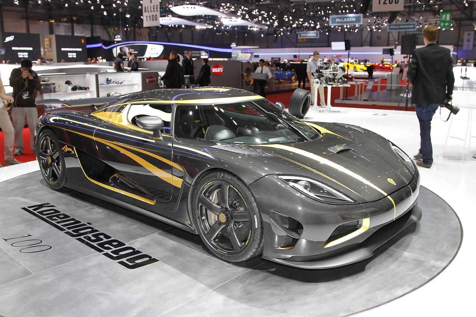 Koenigsegg showcases Agera S Hundra