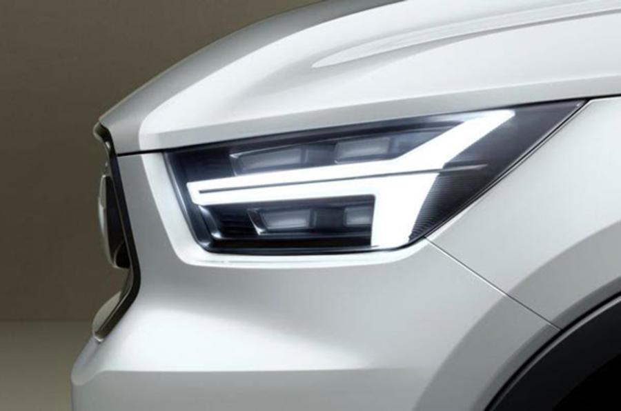 Next-gen Volvo V40, XC40 teased