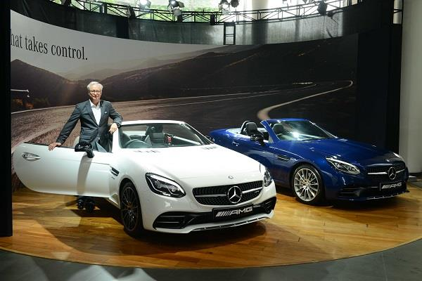 Mercedes seeks to widen customer base with AMG SLC 43