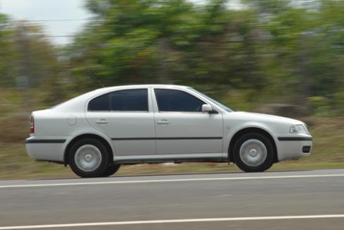 skoda octavia review 1 9 tdi cars review executive